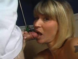 Blonde Blowjob In Bath