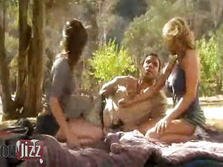 Outdoor sex with hot lesbians