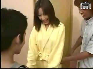Japanese teen girl makes handjob