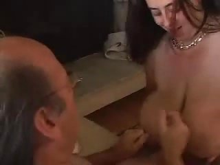 Titty Indian milf in doggy pose