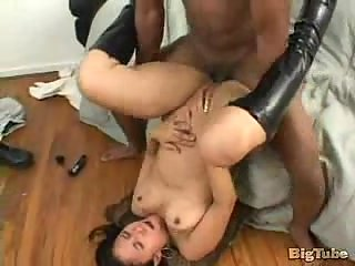 Foot fetish sex with Brazilian bitch