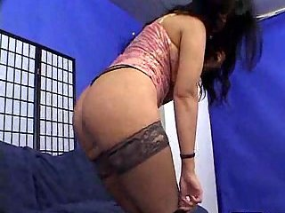 Brunette mom gets rammed