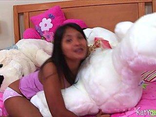 Asian Teen Rubs Her Clit On Cam