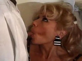 Horny milf has fun with sex starving midgets