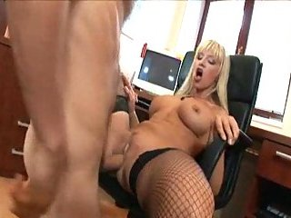 Office sex with hot secretary