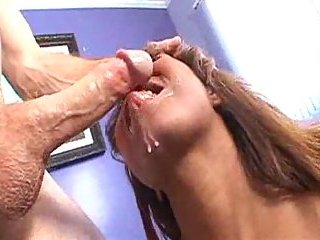 Booty black bitch analed by white dong