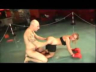 Hardcore sex actions on the boxing ring