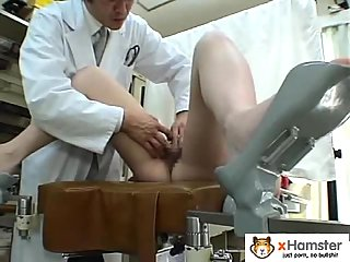 Japanese girl hairy pussy toyed by doctor