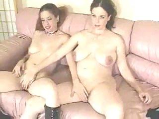 Pregnant Girls pussy fingering