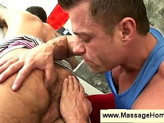 Massage & handjob for bear gay