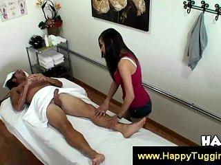 Thumb Ariel Rose gives a sensual massage