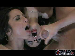 Tiffany Taylor and Shy Love in threesome
