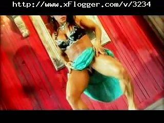Big Clit Bodybuilder Lesbos