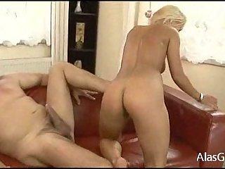 Nikky Thorne hard drilling