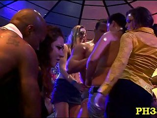 Sucking dick during dirty party