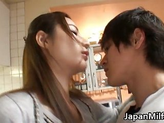 Anri Suzuki Japanese beauty gives head