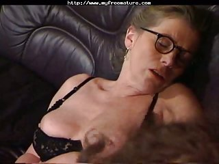 Old and horny women looking for cock