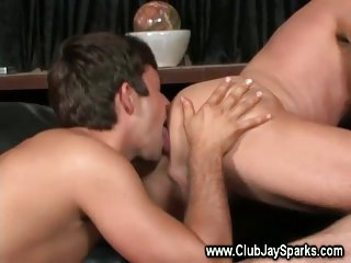 Stud sucks and fucks his muscular hunk