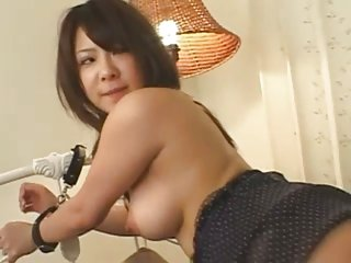 Cutie japanese chick gets facial