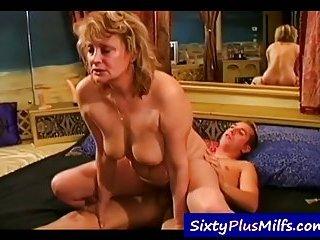 Mature slut hardcore