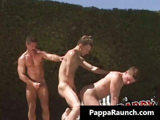 Extreme gay hardcore ass fucking threesome