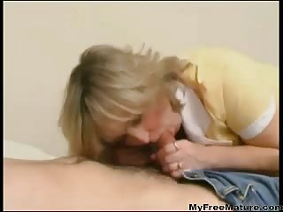 Thumb Russian Mature Virginia Bangs With Her Son
