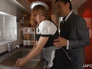 Thumb Japanese maiden gets fingered