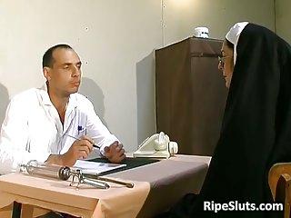 Old slut got tortured in the doctors office
