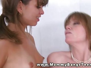 Thumb Mama and offspring jumping in cock