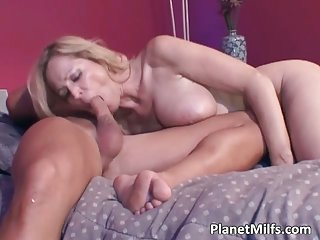 Sexy Mommy Get Fucked By Milf Guy
