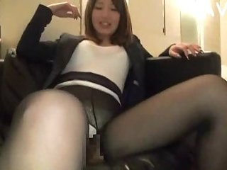 Japanese in pantyhose gets cock in her mouth