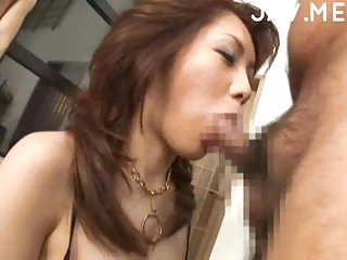 Japanese MILF ockc sucker