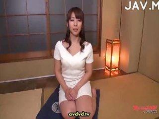 CFNM cock sucking action scene 2