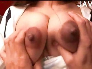 Thumb Big Breasted Chick Gived Titfuck