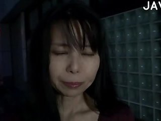 Yummy Japanese gets her cunt fucked