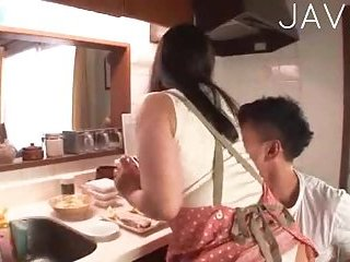 Toyed Jap slut gives head