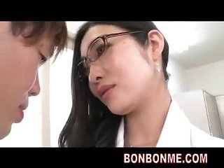 Sexy doctor sexy blowjob to patient