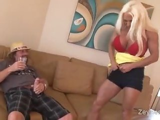 Hot Busty Blonde MILF Ashlee Chambers