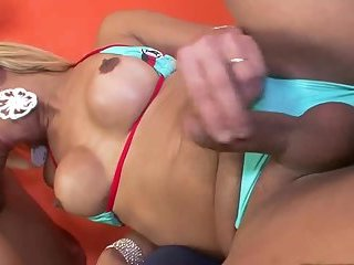 Horny tranny loves dick in mouth