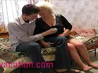 Old big blonde takes cock in cheap motel room
