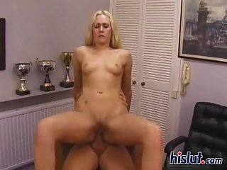 Veronika likes rough sex !