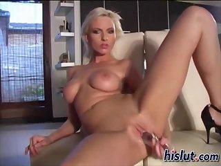 Alexis stripteased