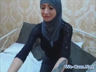 Pretty brunette anal fingering webcam chat