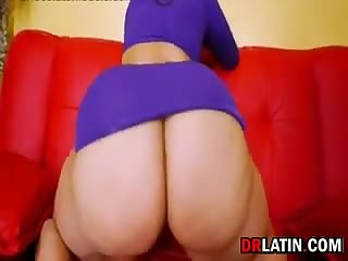 Latin Beauty With A Great Booty