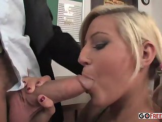 Lisa Ann Gets Her Throat Poked