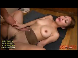 Big boobs twister before my cumshot 01