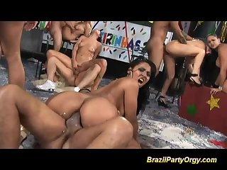 video-pati-braziliya-karnaval-orgii-dzheyn-foto