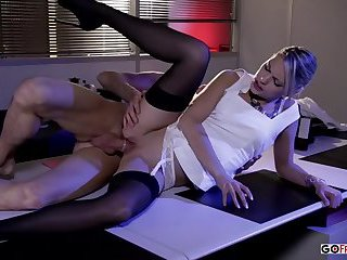 Amanda Tate Under The Massage Table HD