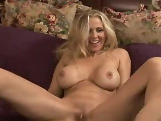 Blonde milf is hot to trot