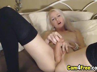 Horny Webcam Babe Fucking Pussy So Hard